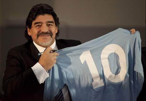 """Maradona o Messi? Anche il grande Zico vota per il Pibe de Oro: """"Veniva marcato a uomo per 90' a differenza di Messi"""""""