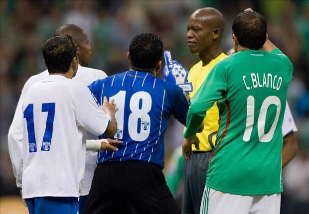 México ya venció a Honduras con Courtney Campbell de árbitro