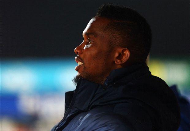 Fan protest halted after Samuel Eto'o's selfie intervention