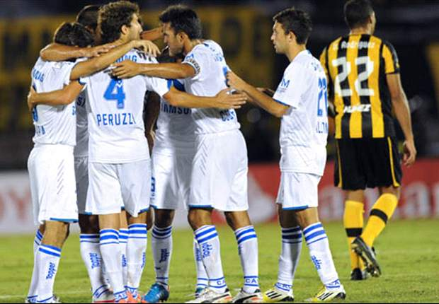 Vélez hizo de Uruguay su Fortín