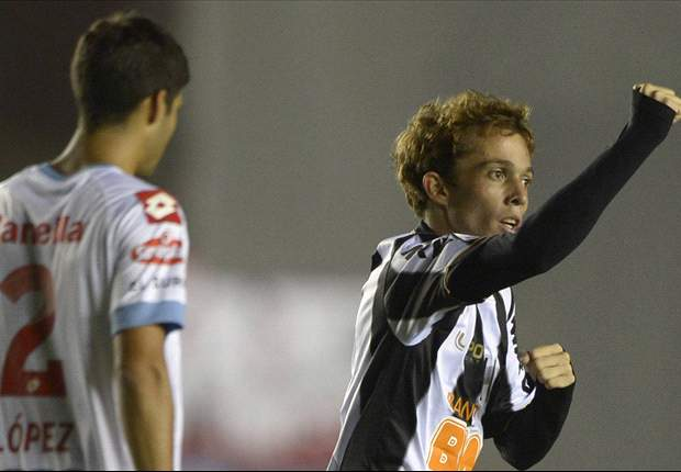 Scolari is watching - Bernard's Libertadores hat-trick launches him into Brazil contention