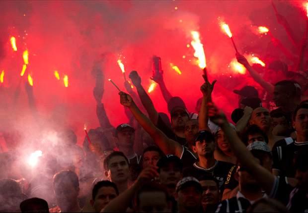 Seis torcedores do Corinthians conseguem direito de ir ao Pacaembu nesta quarta