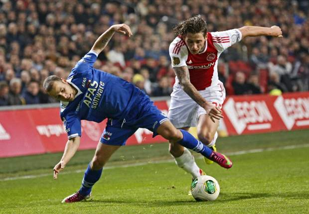 AZ houdt Ajax van finaleplaats af