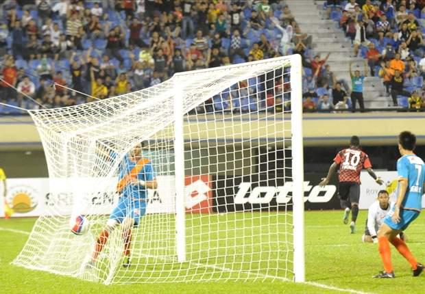 Fadhil Salim stars in 6-goal thriller