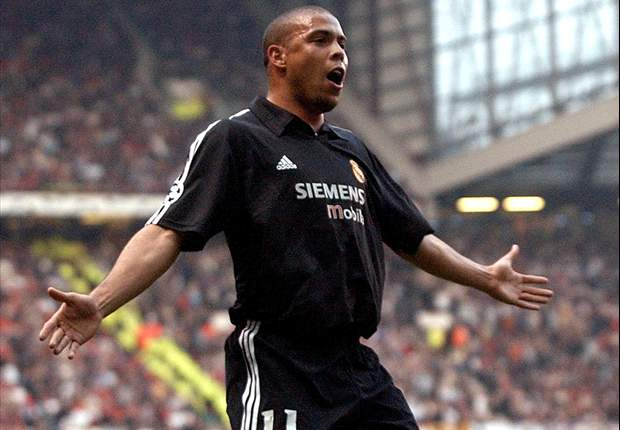 The day Old Trafford stood & applauded: How Brazil's Ronaldo stunned Manchester United