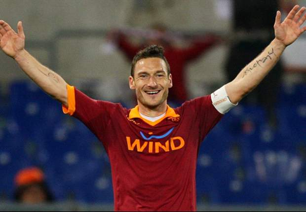 AS Roma Siap Tambah Kontrak Francesco Totti