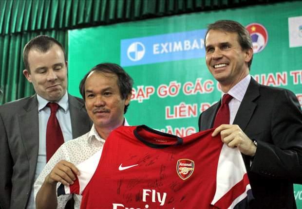 Arsenal Juga Kunjungi Vietnam