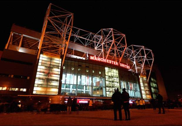 Manchester United to fight plans allowing supporters to buy Old Trafford