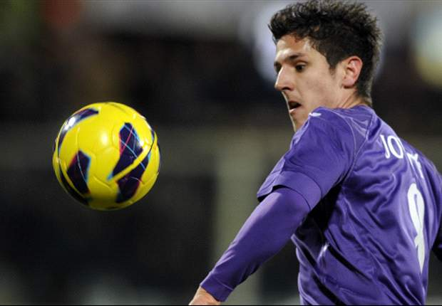 Fiorentina forward Jovetic flattered by Arsenal links