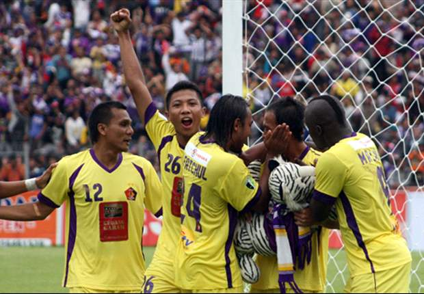 19 Lampu Stadion Brawijaya Kediri Mati