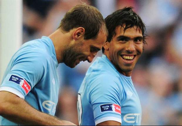 Fully-committed Tevez 'back to his best' for Manchester City, says Zabaleta