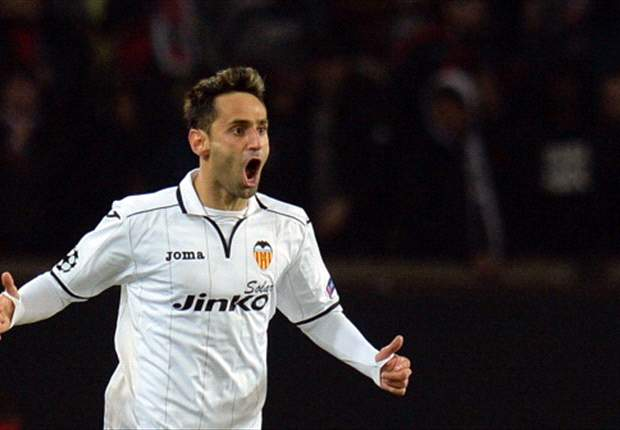 Paris Saint-Germain 1-1 Valencia (Agg 3-2): Lavezzi ensures nervous hosts edge into next round