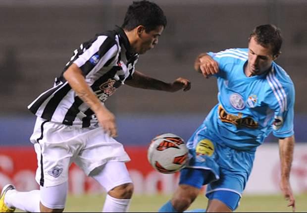 Pese al interés del Palmeiras, Mendieta quiere seguir en Libertad