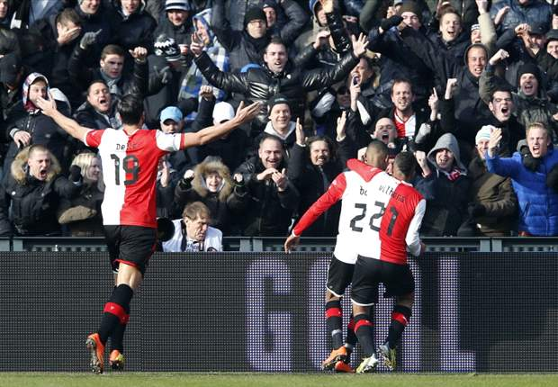 Pétursson zet pilsje koud voor titel Feyenoord