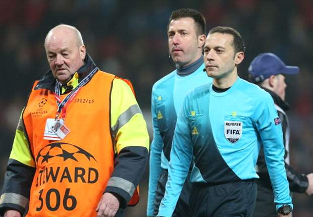 No quarter-final for Nani red ref Cakir