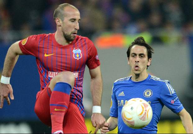 TEAM NEWS: Benayoun starts for Chelsea's Europa League tie against Rubin