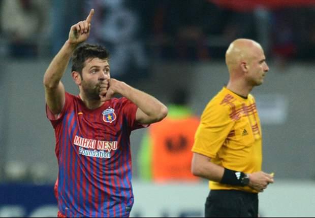 El delantero rumano, primer refuerzo del equipo andaluz