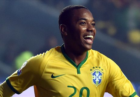 Robinho signs for Atletico-MG