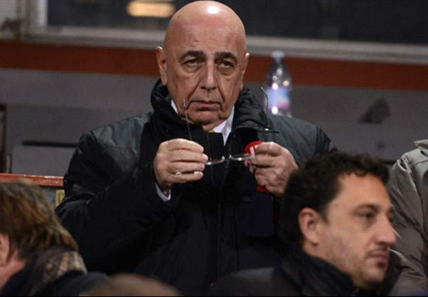 AC Milan chief Galliani hits back at Allegri critics