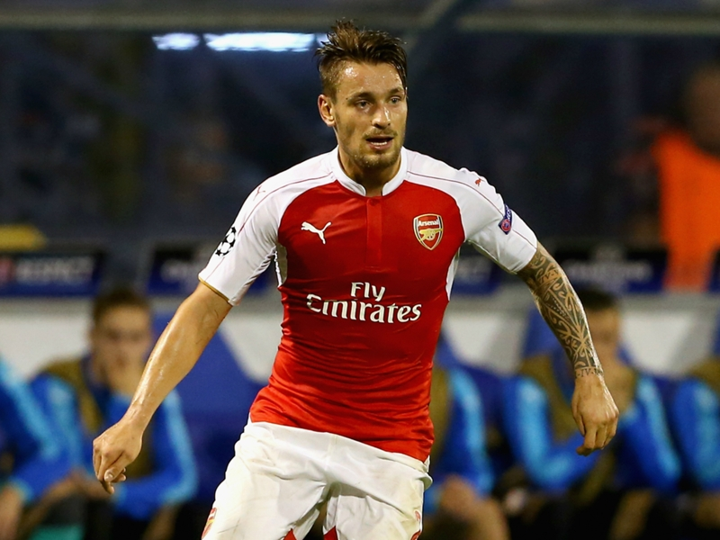 Arsenal, Debuchy sort sur blessure contre Bournemouth