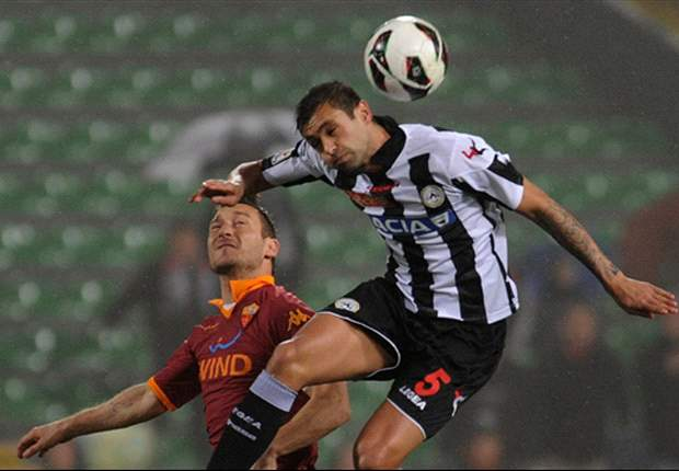 Der AS Rom kommt nicht über Remis in Udine hinaus