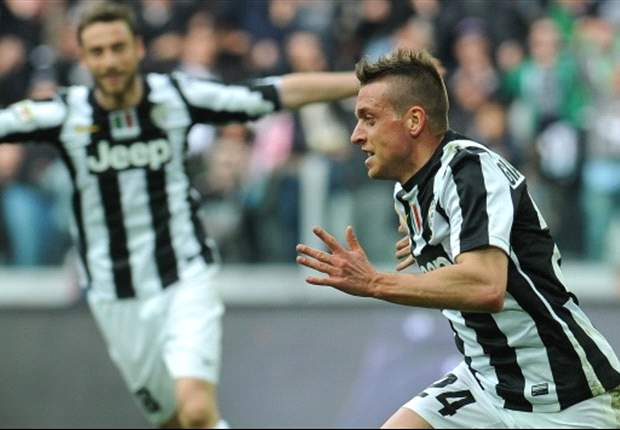 Coaches fall in love with Giaccherini, says agent