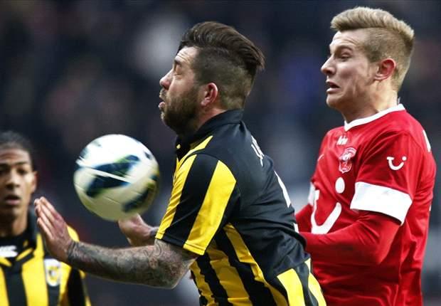 """""""Ajax met twee vingers in neus kampioen"""""""