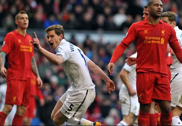 Spurs helpt Liverpool aan zege op Anfield