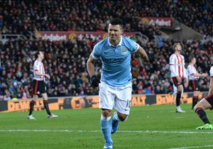 Manchester City y Agüero despiertan del sueño a Jamie Vardy y el Leicester