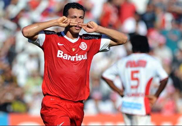 Leandro Damiao open to Tottenham move