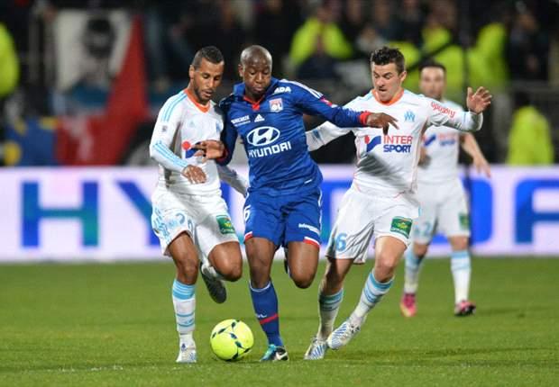 Lyon en Marseille helpen PSG een handje