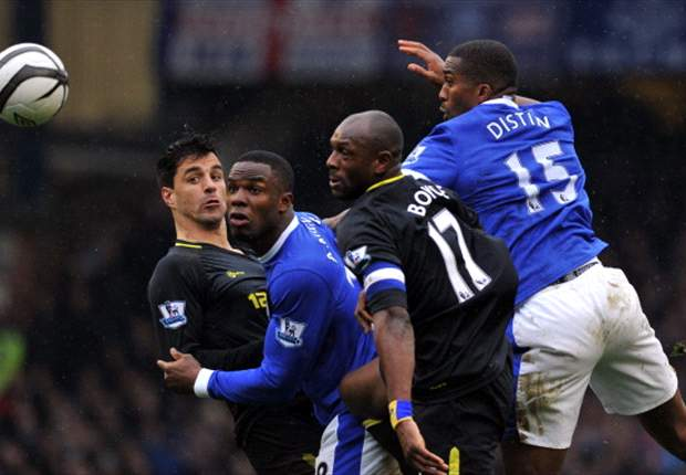 Anichebe expects strong reaction from Everton as they face Manchester City on Saturday