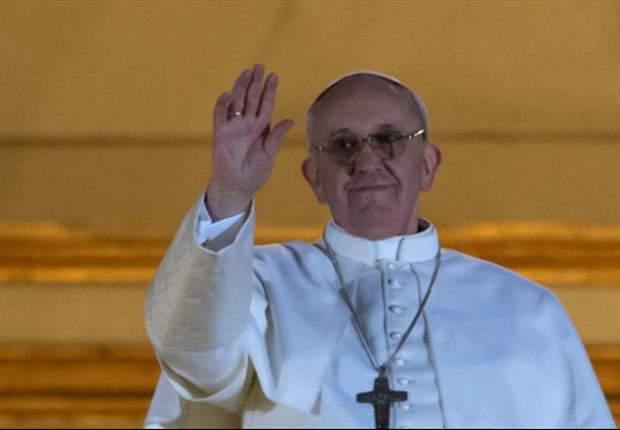 San Lorenzo felicitó al nuevo papa