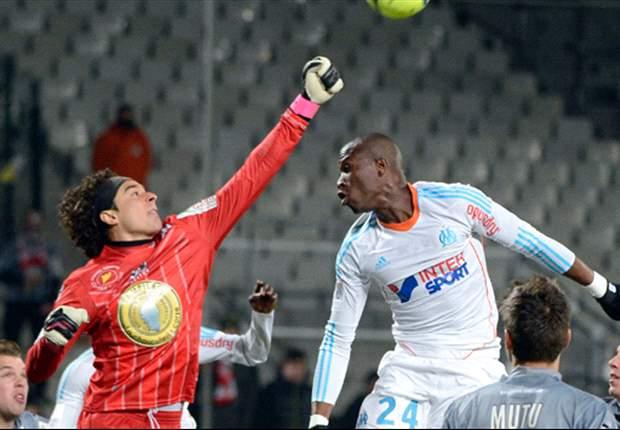 Guillermo Ochoa, en el top de atajadas de L'Equipe y Ligue 1