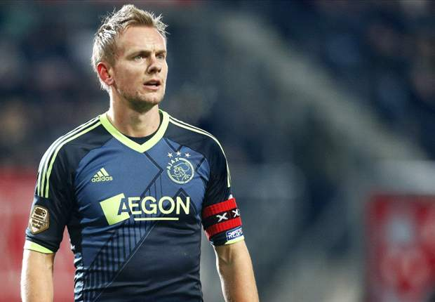 Siem de Jong is considering leaving Ajax this summer