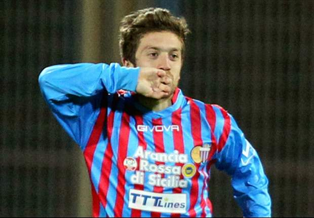 Napoli se interesa en Alejandro Gómez