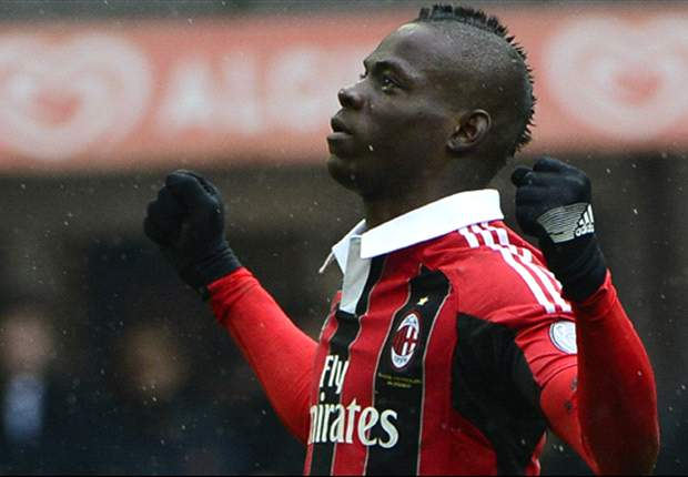 AC Milan 2-0 Palermo: Balotelli double sees Rossoneri recover from Barcelona defeat
