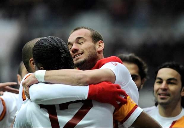 """Sneijder: """"Ik zie mijzelf oud worden hier"""""""