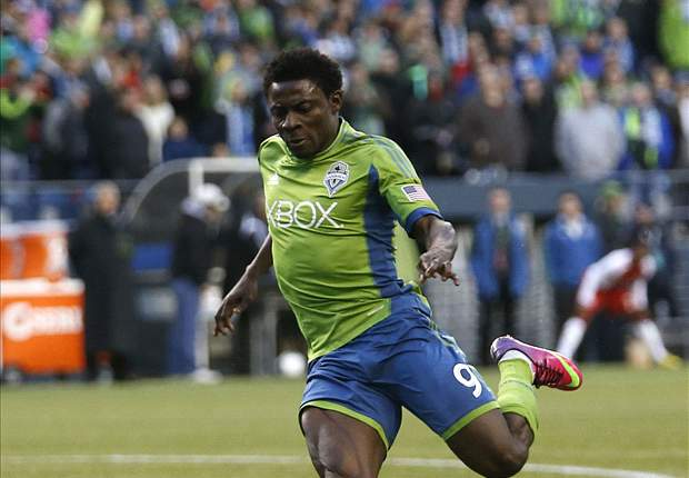 Chivas USA 0-2 Seattle Sounders FC: Obafemi Martins scores and sent off