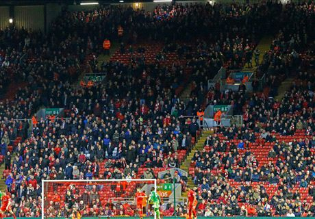 Liverpool's defence stage own walkout