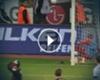 VIDEO: Chicharito Hernández casi le arranca la cabeza a Thomas Müller