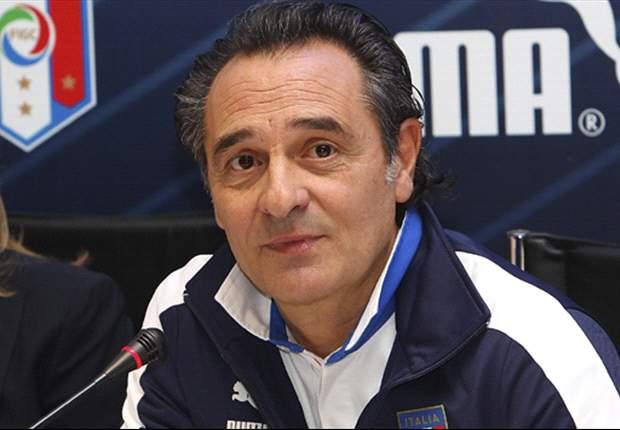 Cesare Prandelli Pertimbangkan Panggil Francesco Totti