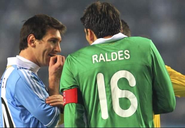Argentina busca acercarse al Mundial en la altura