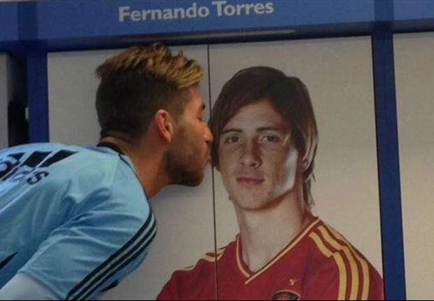 """Sergio Ramos: """"Extrañamos a Fernando Torres"""""""