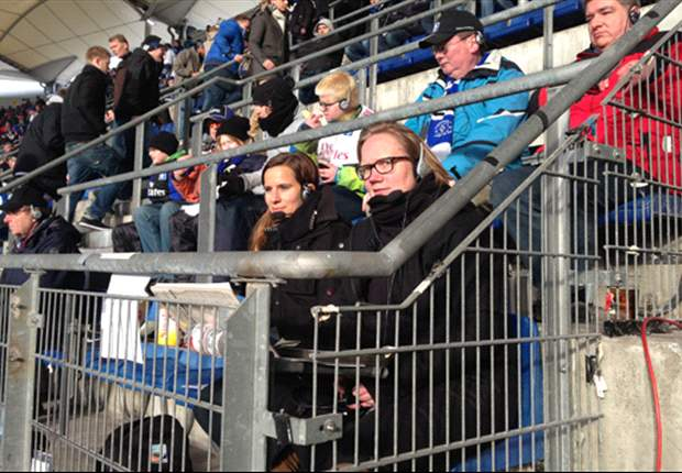 Blinde und Sehbehinderte im Stadion: Fußball per Infrarot-Kopfhörer