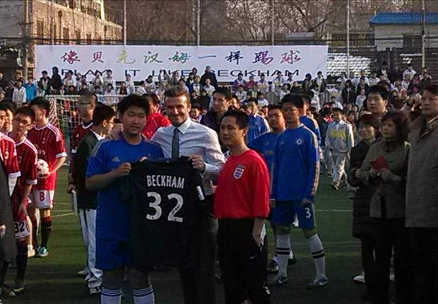 David Beckham desata la locura en China
