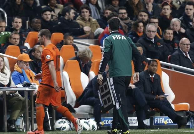 Wesley Sneijder Absen Lawan Rumania