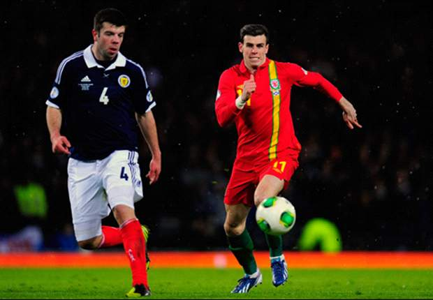 Tottenham midfielder Bale subbed at half-time during Scotland clash