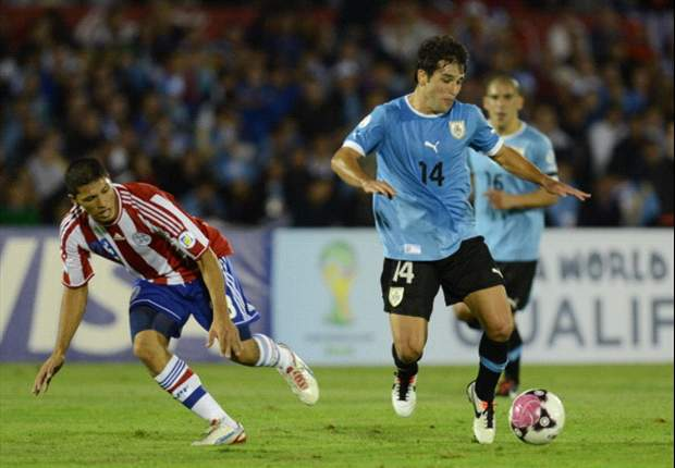 Benítez le amargó la noche a Uruguay