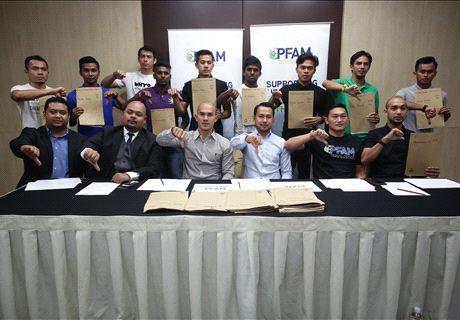 Kelantan, ATM, Felda owe unpaid wages